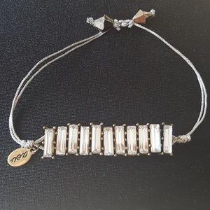 🎉2 for 10!🎉Rhinestone drawstring bracelet